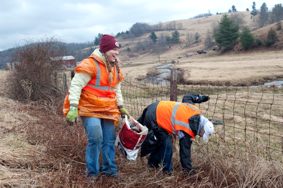 Volunteering in Floyd
